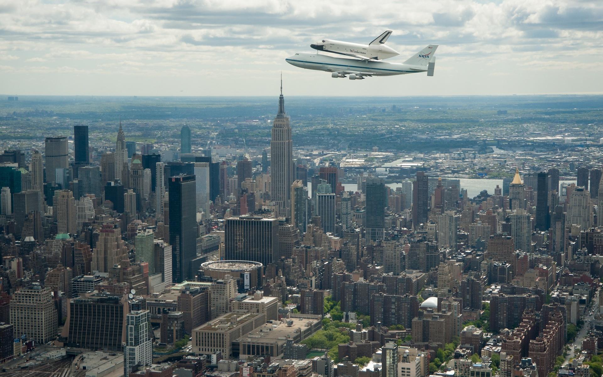 Entreprise - Photo 2 - Au dessus Manhattan