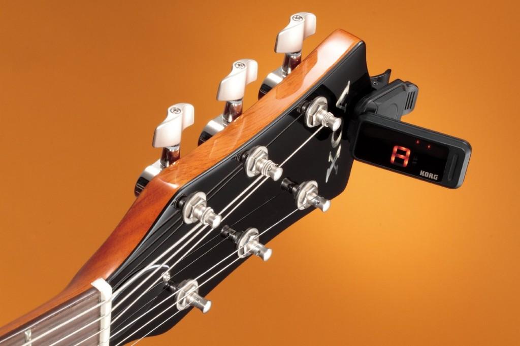 Accordeur de guitare KORG PC1