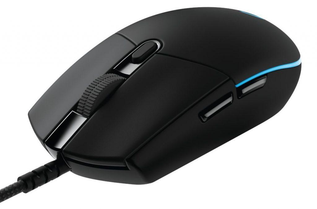 Meilleures souris de gamers : La Logitech G Pro