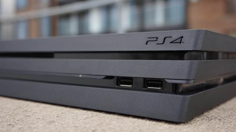 Console de jeux vidéo PS4 Pro 1To