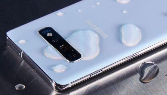 Le Samsung S10