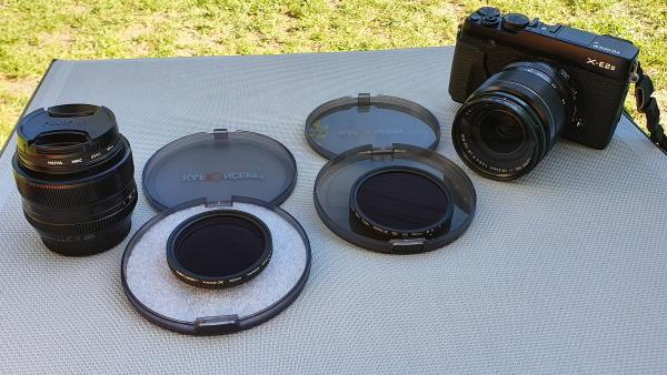 Un filtre ND Variable de 52 mm de diamètre et un autre de 58 mm